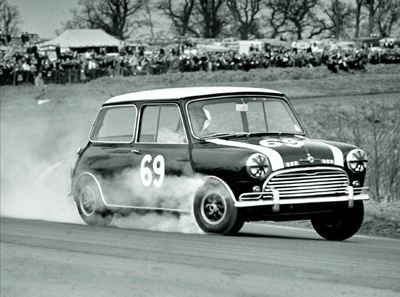 Old rallying Mini