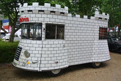 Tour de France support vehicle