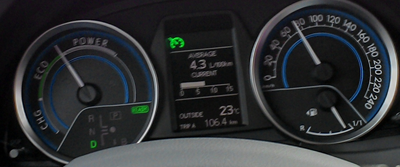 Toyota Auris Touring Sports Excel 1.8 Hybrid e-CVT dashboard
