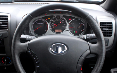 Image of Great Wall Steed steering wheel and console