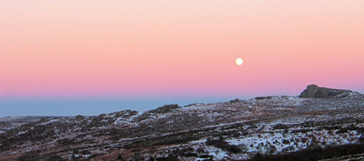 Image of sunrise on Dartmoor