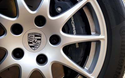 Image of Porsche Panamera Diesel wheel