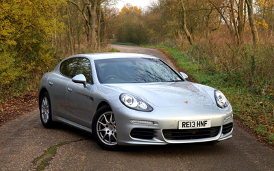 Image of Porsche Panamera Diesel from front