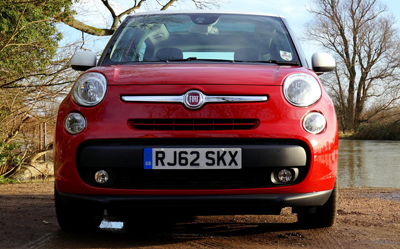 Image of Fiat 500l from the front
