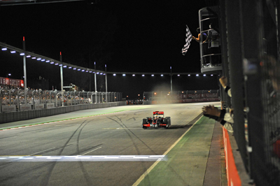 Imge of F1 track at night