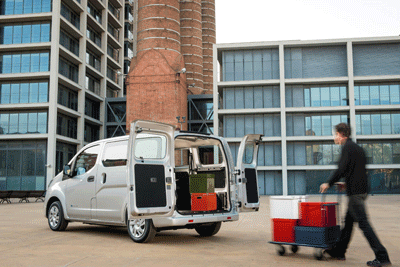 Image of Nissan E-NV200 electric van being loaded