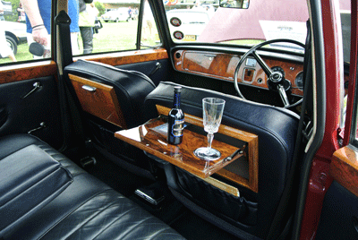 Image of interior of Vanden Plas princess interior