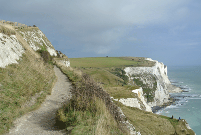 Image of white cliffs of Dover footpath
