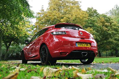 Image of red Renault Megane 256 rear