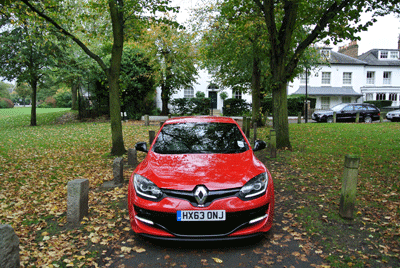 Image of red Renault Megane 265 Cup