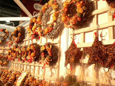 Dried fruit garlands