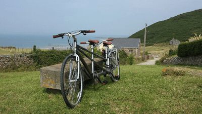 Image of a tandem bicycle in the countryside