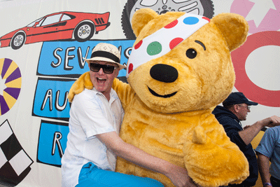 Image of Chris Evans and Pudsey Bear mugging for the camera