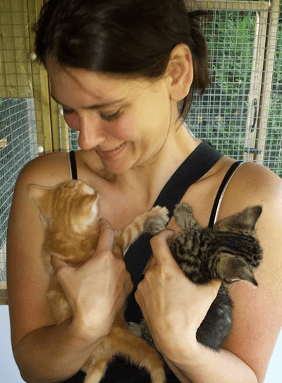 Image of Derri Dunn with kittens