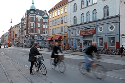 Image of a people cycling in Norrebro