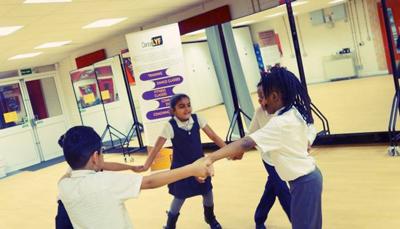 Dance Lyf children dancing