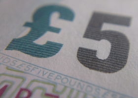 Image of £5 note detail