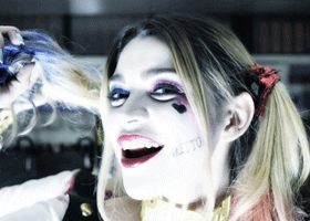 Image of person cosplaying as Harley Quinn