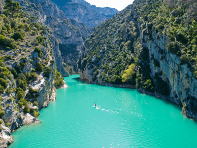 Image of a paddle boarding at Gorges du Verdon in Provence