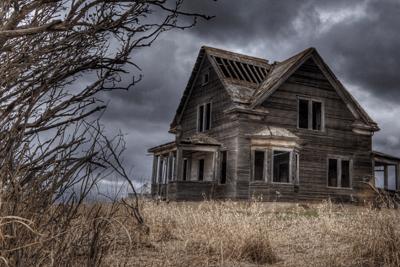 Image of abandoned house