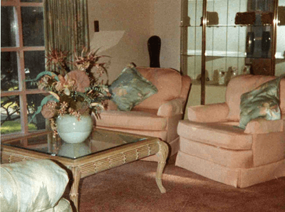 Image of 80s living room