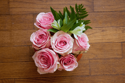 A photo of a bunch of pink roses