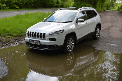 Image of a Jeep Cherokee in the Peak District