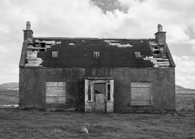 Image of creepy house
