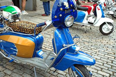 Image of blue scooter
